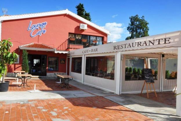 Lounge Cafe El Coto