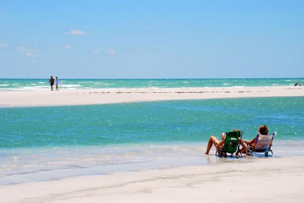 Siesta Beach Sarasota, Sunbathing