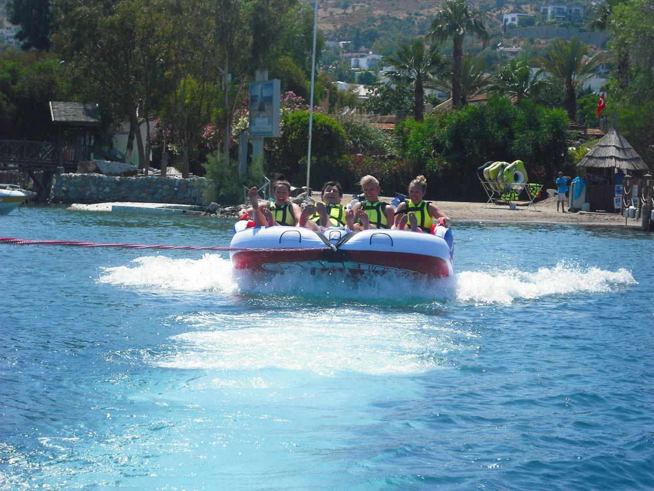 Watersports speed boat ride at Golturkbuku beach, great fun!