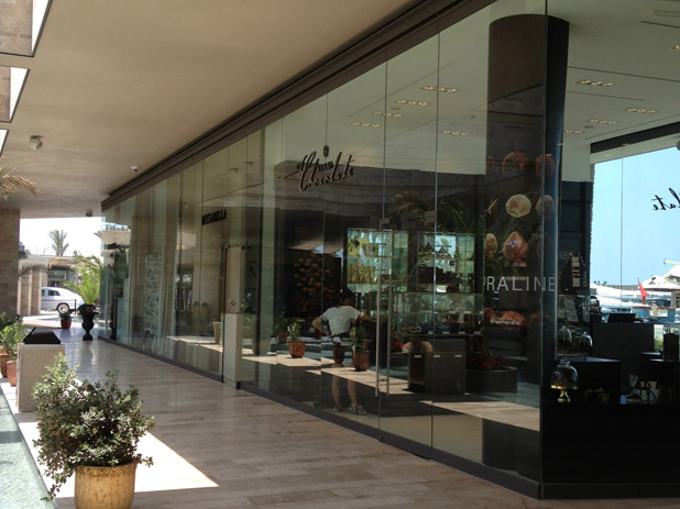Palmarina has an excellent choice of restaurants, cafes and designer shops