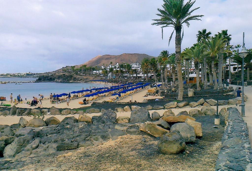 Playa Blanca Beach with plenty of sun loungers