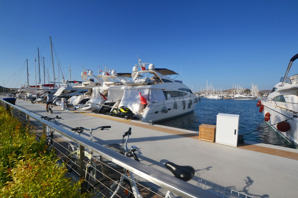 The Palmarina development has already filled its moorings with many super yachts