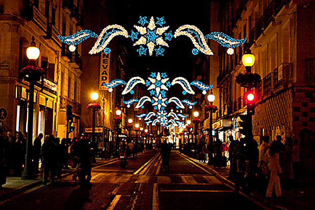 Granada with its festive Christmas lights - photo courtesy of www.wpjrnl.com