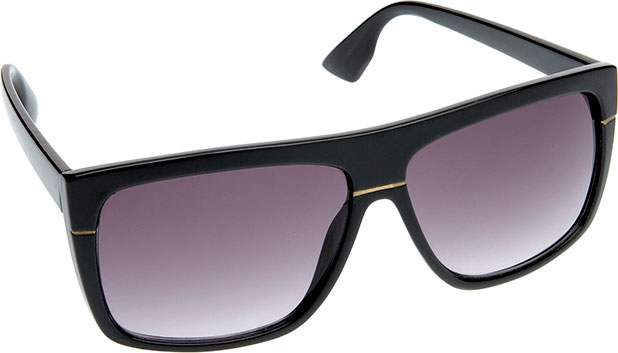 Look cool in these 'Franz' frame black sunglasses