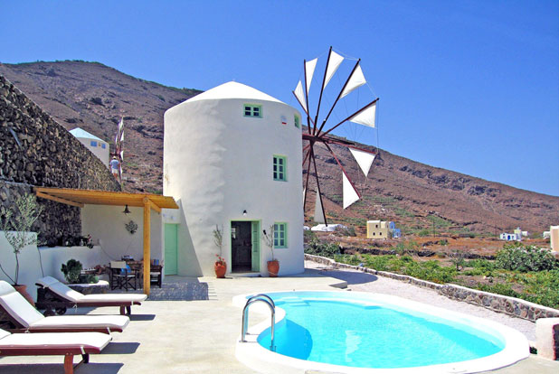 A romantic 2 bed windmill in Santorini, Greece