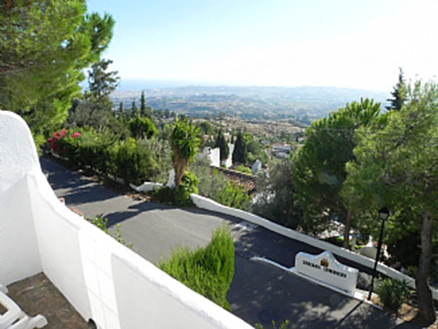 2 bedroom villa in the romantic Mijas region of Spain