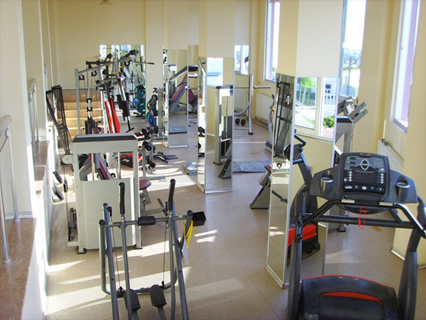 The fitness centre has a well equipped gym with cardio machines and free weights