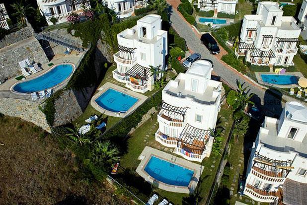 Pool 10: Yalikavak Holiday Gardens communal pool by the Nergis Villas