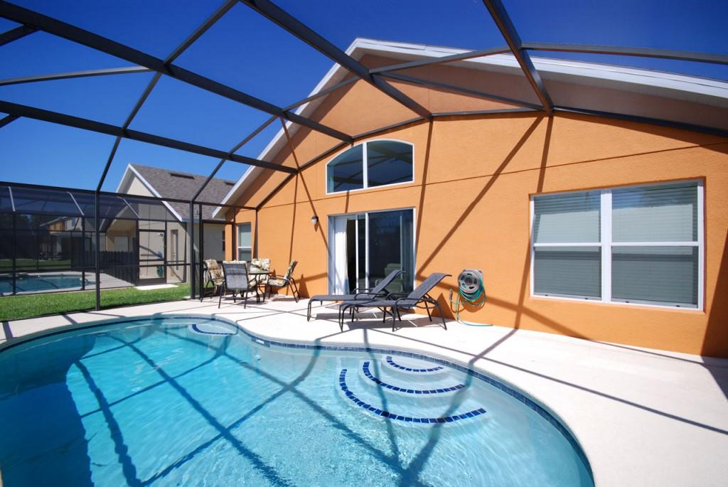 Villa FL003 - Veranda Palms Resort 4 bedroom holiday villa in Kissimmee, Florida. Showing the lanai
