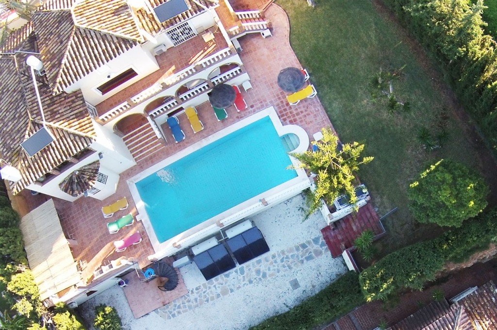 Drone aerial photo of Villa SP002 and grounds