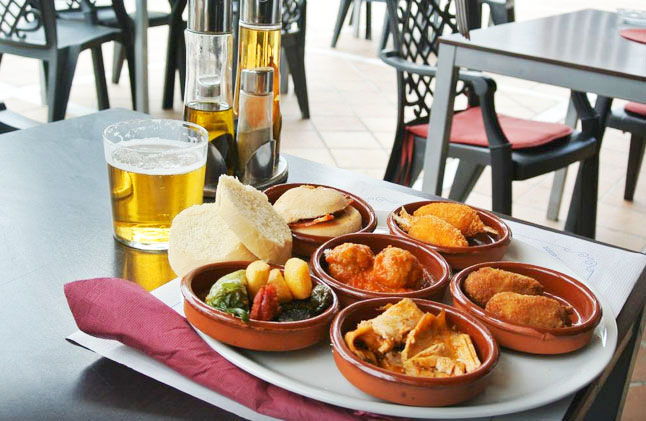 Mijas boasts some wonderful restaurants, cafes and tapas bars