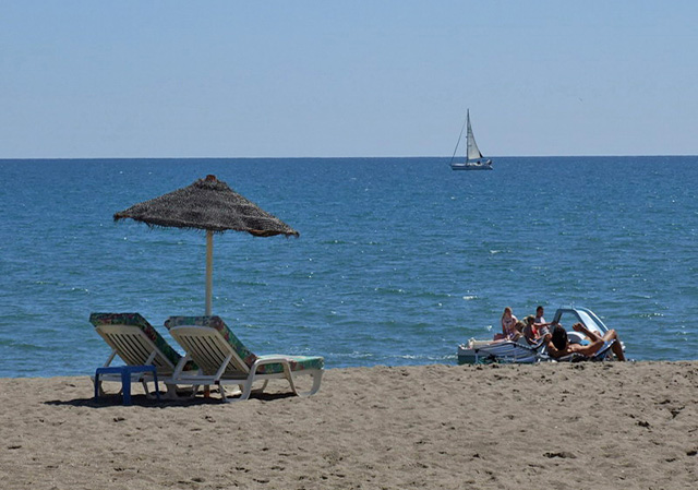 Fuengirola, enjoy 7 kilometres of beautiful sandy beach with plenty places to relax in the sun