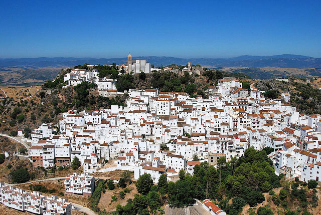 Ojén Village with its stunning white washed houses - photo by thrrgilag