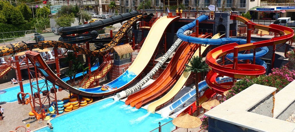 Privates of the Cactus Waterpark, photo showing the many twisting waterslides