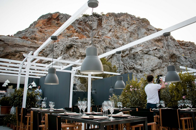 Enjoy World class cuisine in stunning surroundings at Starlite
