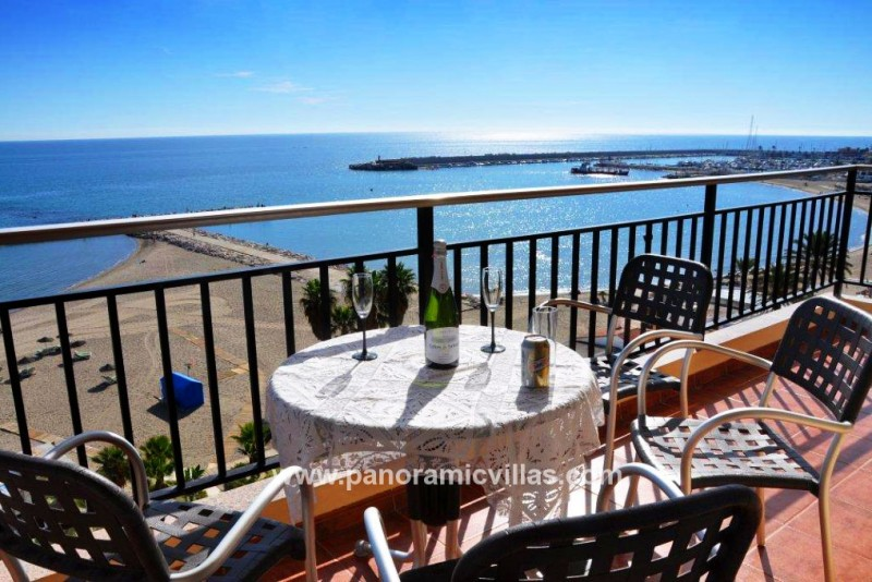 Fuengirola Beachfront Apartment SP090