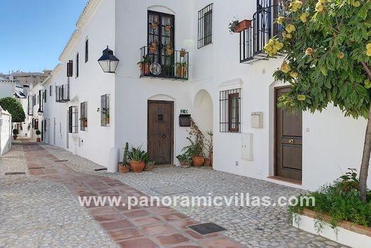 2 Bedroom Townhouse, Fuengirola