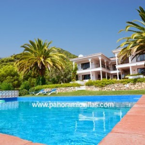 Costa del Sol Villas with Impressive Pools