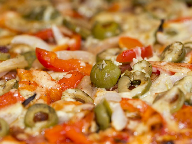 Family-friendly Cabo Pizza in Marbella offers great value for money