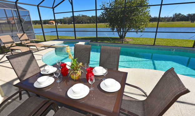 Villa FL017 pool